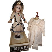 """""""Beautiful 24 inch Closed Mouth Jumeau Antique Doll"""""""