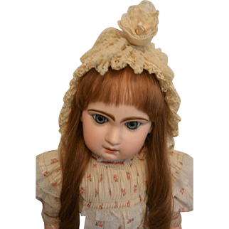 """""""Factory Made Antique Doll Combination Yarn Bonnet"""""""