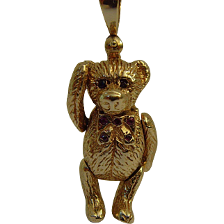 Vintage Teddy Bear 9ct gold Pendant
