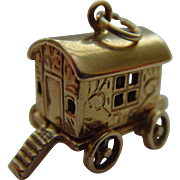 Caravan and fortune teller 9ct gold charm