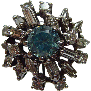 Vintage 18 ct white gold Diamond and Aquamarine ring