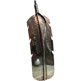 Vintage Native American Feather Design Pin with Opal