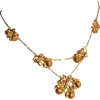 Stunning Antique Victorian Rose Necklace Antique French 18K Gold Rose Necklace Antique Baroque Rose Necklace 1800s Jewelry 19th Century Necklace