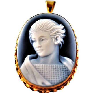 Hand Carved Vintage Genuine Blue Agate Cameo Pendant Vintage Portrait Estate Jewelry Vintage 18K Gold Agate Cameo Blue Agate Portrait Cameo Blue White Unique Cameo 1950s Jewelry