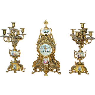 Late 19th century French Bella Epoque Louis XV style Gilt Bronze and 3 piece Porcelain Garniture Clock Set.