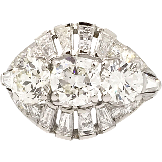 Gorgeous Vintage Platinum 3-Stone Ring with Baguettes