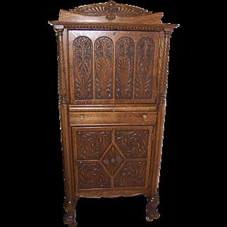 Quarter Sawn Oak Bar / Liquor Cabinet