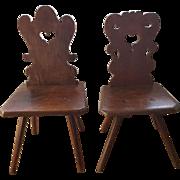 Couple Moravian Oak Alp chairs 18th Century