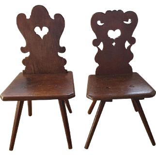 Couple Moravian Oak Alp chairs 18th Century