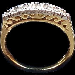 A Solid 18 K GOLD 0.20ct Natural Diamond Band ring