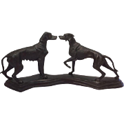 Two English hunting dogs in cast iron - late 20th century