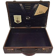 English suitcase with archive - England - Approx. 1930