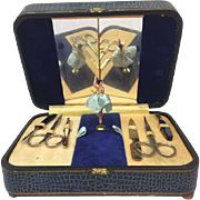 Extensive sewing kit with music box + ballerina - Germany - Middle 20th century