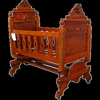 Antique Victorian Cradle f9895