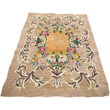 Vintage Hooked Rug   rr2536     This rug was SOLD in our shop.