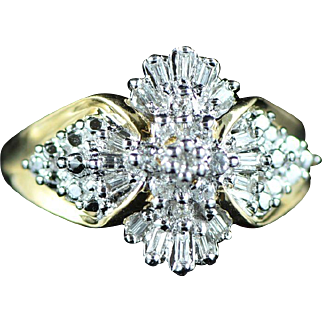 Vintage 10K 0.25 Cttw Diamond Cluster Ring Size 7 Yellow Gold