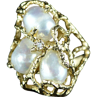 Vintage 14K Freeform Cultured Pearl & Diamond Ring Size 6.75 Yellow Gold