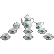 Herend Chinese Bouquet Green Coffee Mocha Set for 6 People, 17 Pieces