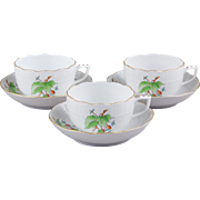 Set of Three Herend Rosehip Pattern Tea Cups with Saucers #724
