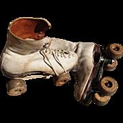 Incredible 1940's rollerskates, 40's roller girls, Hamaco dance skates England, vintage rollerskates, CC41