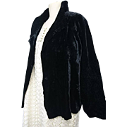 Gorgeous early 1930's crushed velvet evening jacket, ruched velvet sleeves and collar, cream silk lined, vintage art deco evening jacket