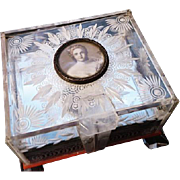 1930's Vintage prystal musical jewellery box, early plastic Art Deco musical jewelry box