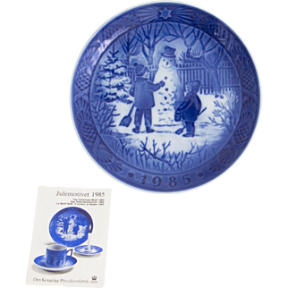 Royal Copenhagen Christmas Plate 1985