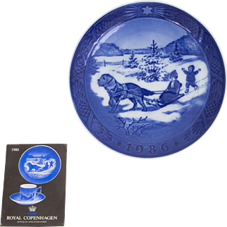 Royal Copenhagen Christmas Plate 1986
