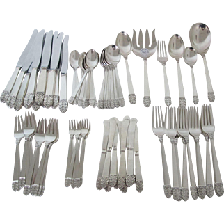 Stunning International Sterling Silver Alfred G. Kintz Northern Lights Flatware set with 62 pieces