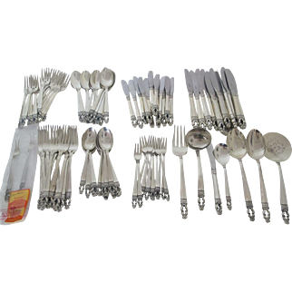 Fantastic set of Gorham Hispana Sterling Silver Flatware set with 93 pieces