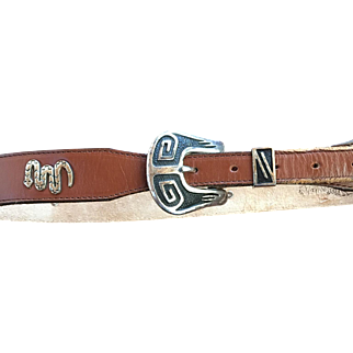 Leather Ladies  Animal Concho Belt