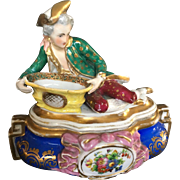 18th Century Parisian vanity hand Painted Faience Box