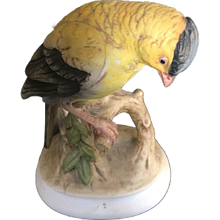 Lefton China hand Painted Gold Finch # KW345