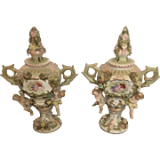 18th Century Old Paris Hand Painted Decorative Jacob Petit Covered Urns with Cherubs