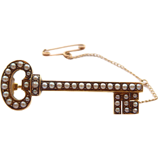 Antique Victorian Key Brooch 18ct Gold & Pearls