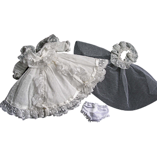 Beautiful 1954 Tagged Vogue Ginny Doll Bride Dress #64 My First Corsage