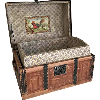 """Antique Litho Paper Covered Wood Doll Trunk w/ Tray & Working Key 12""""x8""""x6"""""""