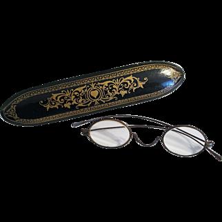 Antique Victorian Papier Mache Spectacles Case w/ Spectacles SUPER NICE!