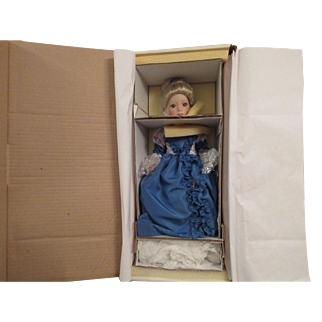 """Rober Tonner  """"Arianna"""" Doll for UFDC Convention"""