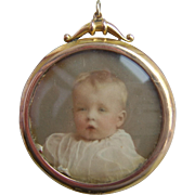 Late Victorian 9ct Gold Double Sided Photo Pendant Locket with Original Child Images