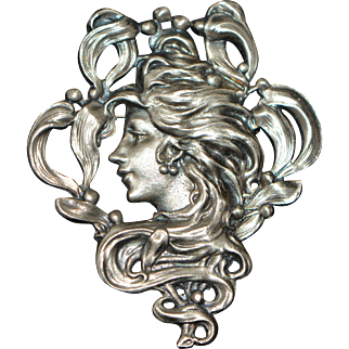 Vintage Brooch/Pin Woman's Head in Art Nouveau Style Unsigned 1970-s