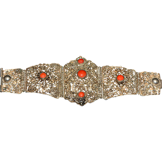 Vintage Oriental Chinese Export Bracelet with Corals End of 19th Century