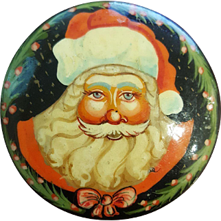 Vintage Hand Painted Russian Lacquer Brooch Santa Pin.