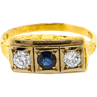 Charming Sapphire and Diamond Panel Late Edwardian Style Ring in 18ct Yellow Gold