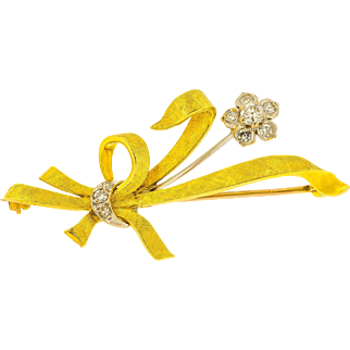 Mid 20th Century Diamond Flower Bouquet Brooch in 18ct Yellow Gold