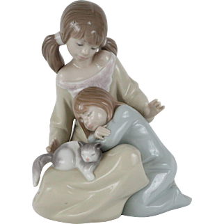 LLADRO Little Sister by Francisco Catala #01001534