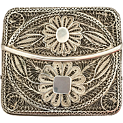 Wonderful and very delicate Filigree Cigarette Case