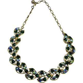 Lovely Vintage 1950's Aurora Borealis Stone & Gold Tone Metal Necklace