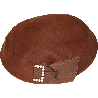 1950s Dish Hat, Brown Wool Felt with Rhinestone Buckle, Hat Size 22