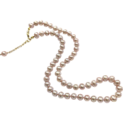 6.5-7mm High Quality Pink Lavender Purple Freshwater Cultured Pearl Necklace with Dangling Chain in Gold Plate